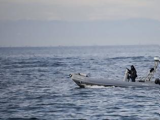 Φωτογραφία για «Θρίλερ» στην Θεσσαλονίκη: Εντοπίστηκε νεκρός άνδρας στην θαλάσσια περιοχή της Νέας Παραλίας
