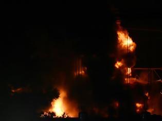 Φωτογραφία για Έκρηξη στον Ασπρόπυργο: Βραχυκύκλωμα η αιτία - Πάνω από 1 εκατ. άνθρωποι έμειναν χωρίς ρεύμα!