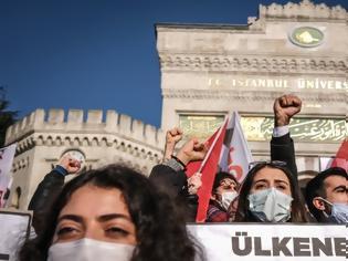 Φωτογραφία για Πού αποσκοπεί ο Ερντογάν μέσα από τη μετωπική σύγκρουσή του με τη νεολαία;