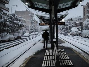 Φωτογραφία για Αποκαταστάθηκε η κυκλοφορία στο τμήμα Πειραιάς- Αττική του ηλεκτρικού- Κανονικά το τραμ.