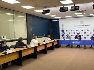Φωτογραφία για Κικίλιας: Κρίσιμες οι επόμενες 15 ημέρες, έκτακτη σύσκεψη για τις ΜΕΘ