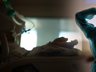 Φωτογραφία για Εφιαλτική αύξηση με 2.147 κρούσματα σήμερα. 357 ασθενείς στις ΜΕΘ και 22 θάνατοι - Επίθεση με ρεκόρ στην Αττική