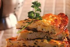 #Μένουμε_στο_σπίτι_Μαγειρεύουμε_στο_σπίτι: Ομελέτα φούρνου με ξερό ανθότυρο