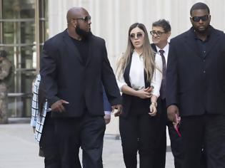 Φωτογραφία για Συνελήφθη η σύζυγος του Ελ Τσάπο για διακίνηση ναρκωτικών