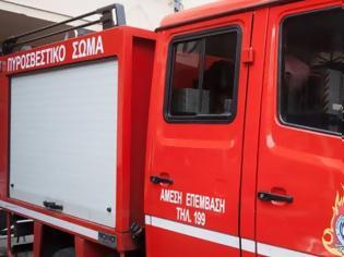 Φωτογραφία για Χανιά: Ξέσπασε μεγάλη πυρκαγιά σε μεταφορική εταιρία - Άμεση αντίδραση της Πυροσβεστικής