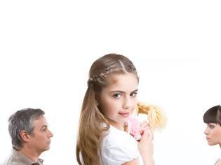 Φωτογραφία για Πως ένα διαζύγιο μπορεί να επηρεάσει τη ζωή του παιδιού σας…