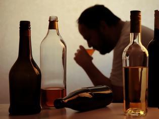Φωτογραφία για Αλκοολισμός: Μια πανδημία, μέσα στην πανδημία