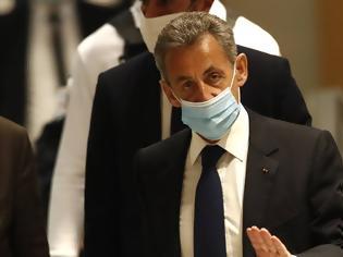 Φωτογραφία για Γαλλία: Ένοχος για διαφθορά ο Νικολά Σαρκοζί - Θα εκτίσει ένα χρόνο