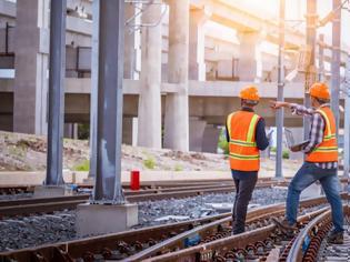 Φωτογραφία για Απαλλοτριώσεις - εξπρές με νόμο για να «τρέξουν» τα σιδηροδρομικά έργα.