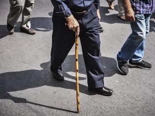 Φωτογραφία για Συντάξεις 2021: Ποιοι θα συνταξιοδοτηθούν - Τα κριτήρια Ποιες κατηγορίες παλαιών συνταξιούχων μπορούν να συνταξιοδοτηθούν εντός του 2021.