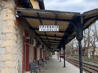 Φωτογραφία για Σιδηροδρομικός σταθμός Τρίπολης:  Βόλτα στο παρελθόν.