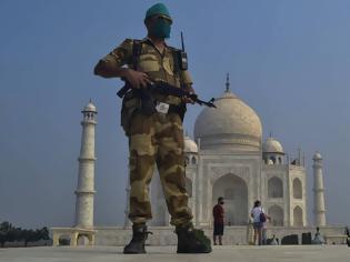 Φωτογραφία για Συναγερμός στην Ινδία: Απειλή για βόμβα στο εμβληματικό Ταζ Μαχάλ