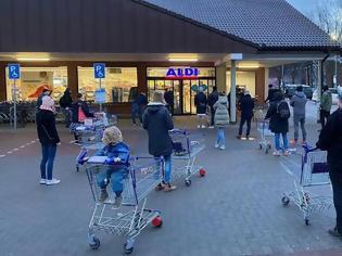 Φωτογραφία για Κοροναϊός - Γερμανία: Χαμός στα σούπερ μάρκετ της χώρας - Ξεκίνησαν να πουλάνε repid tests