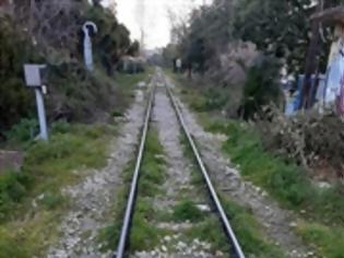 Φωτογραφία για Αχαΐα: «Κολλήσανε» τα δρομολόγια στις γραμμές - Τι συμβαίνει με το τρένο.