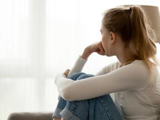 Φωτογραφία για 7 σωματικά συμπτώματα που αποδεικνύουν ότι έχετε κατάθλιψη
