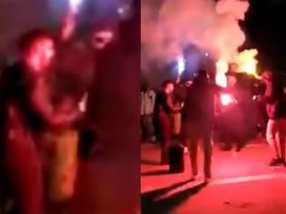 Φωτογραφία για Απίστευτες εικόνες: Στους δρόμους οι καρναβαλιστές παρά το lockdown. Βούλιαξε το κέντρο της Ξάνθης(βίντεο)