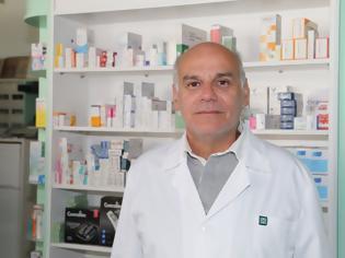 Φωτογραφία για Πέτρος Καφανέλης: Με κούριερ μεταφέρονται τα ακριβά φάρμακα! – Αντί η διάθεσή τους να γίνεται μέσω φαρμακείων (βίντεο)