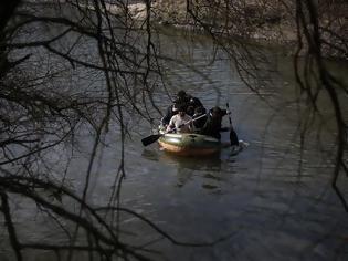 Φωτογραφία για Η Τουρκία κατηγορεί με βίντεο την Ελλάδα για 3 νεκρούς μετανάστες στις ακτές της (+vid)