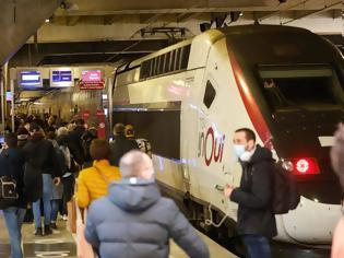 Φωτογραφία για Εικόνα από το σιδηροδρομικό σταθμό Montparnasse του Παρισιού.