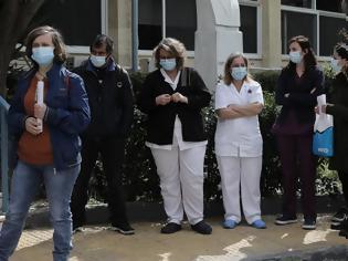 Φωτογραφία για Ο Ιατρικός Σύλλογος Αθηνών «αδειάζει» τον Εξαδάκτυλο για την επιστράτευση: Δεν έχει την έγκρισή μας