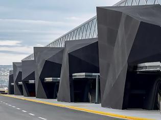 Φωτογραφία για Εντυπωσιακότατη η νέα εικόνα του αεροδρομίου Μακεδονία! - Ολοκληρώθηκαν τα έργα αναβάθμισης (+pics)