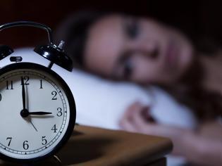 Φωτογραφία για Πώς η αϋπνία και η υπερκόπωση συνδέονται με αυξημένο κίνδυνο για κορονοϊό