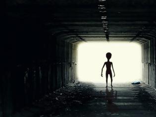 Φωτογραφία για Έκθεση από το Πεντάγωνο για τα UFO έχει λεπτομέρειες που θα είναι «δύσκολο να εξηγηθούν», λέει πρώην αξιωματούχος