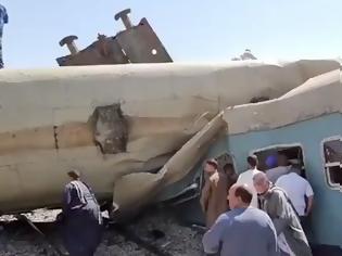 Φωτογραφία για Σύγκρουση τρένων στην Αίγυπτο - Τουλάχιστον 32 νεκροί και 66 τραυματίες.