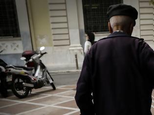 Φωτογραφία για Συντάξεις: Ποιοι θα πάρουν αύξηση έως 220 ευρώ το μήνα και επιστροφές έως 4.178 ευρώ.