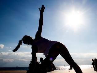 Φωτογραφία για Άσκηση: Τι σημαίνει αυτή η «σουβλιά» στην πλευρά του σώματος όταν κάνετε γυμναστική