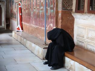 Φωτογραφία για Μέγας Αθανάσιος: «Μεγάλο φάρμακο σωτηρίας είναι η ταπεινοφροσύνη»
