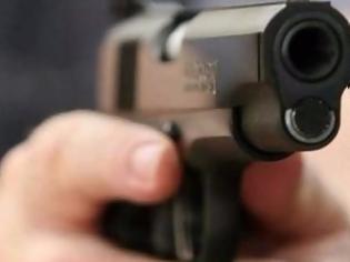Φωτογραφία για Άγριο επεισόδιο με πυροβολισμούς στα Χανιά - Τραυματίστηκε μια γυναίκα