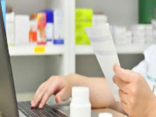 Φωτογραφία για Θεσ/νίκη: Μαζικά αιτήματα για αλλαγή του εμβολίου της AstraZeneca – Τι λένε οι φαρμακοποιοί