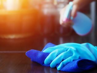 Φωτογραφία για Κορωνοϊός: Περιττή η συχνή απολύμανση των επιφανειών. Νέα οδηγία από το CDC