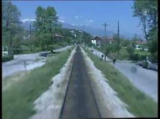 Φωτογραφία για Όταν το τρένο περνούσε μέσα από τον Πλαταμώνα. Δείτε το βίντεο.