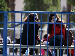 Φωτογραφία για Lockdown: Άνοιγμα των Λυκείων με παρατράγουδα