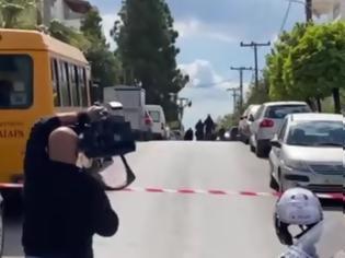 Φωτογραφία για Δολοφονία Καραϊβάζ: Σοκάρει η ιατροδικαστική εξέταση - Δέχτηκε 10 σφαίρες
