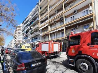 Φωτογραφία για Θεσσαλονίκη: Έκρηξη σε διαμέρισμα στο κέντρο της πόλης (pics & video)