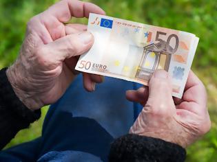 Φωτογραφία για Συντάξεις: Αυξήσεις 150 ευρώ το μήνα και αναδρομικά άνω των 3.000 ευρώ μετά το Πάσχα [πίνακες].