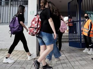 Φωτογραφία για Επιστροφή στα θρανία για τους μαθητές Λυκείου. 408 βρέθηκαν θετικοί