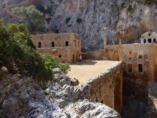 Φωτογραφία για Χανιά: Η Μονή Γουβερνέτου «κλείνει» μια τεράστια περιοχή, πόλο έλξης χιλιάδων επισκεπτών