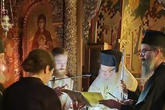 Κουρά Μοναχής στην Ι. Μ. Αγίου Ιλαρίωνος από τον Μητροπολίτη Εδέσσης, Πέλλης και Αλμωπίας κ. Ιωήλ