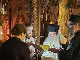 Φωτογραφία για Κουρά Μοναχής στην Ι. Μ. Αγίου Ιλαρίωνος από τον Μητροπολίτη Εδέσσης, Πέλλης και Αλμωπίας κ. Ιωήλ