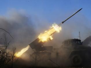 Φωτογραφία για «Τύμπανα πολέμου» για την Ουκρανία: Χιλιάδες Ρώσοι στρατιώτες συγκεντρώνονται κοντά στα σύνορα