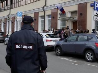 Φωτογραφία για Ρωσία: Κλιμακώνεται η ένταση με την Ουκρανία - Συνελήφθη διπλωμάτης