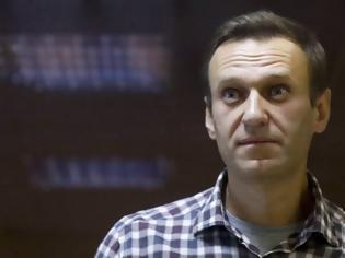 Φωτογραφία για Ρωσία: Στο νοσοκομείο ο Αλεξέι Ναβάλνι - Σημαντικές πιέσεις από τις Βρυξέλλες