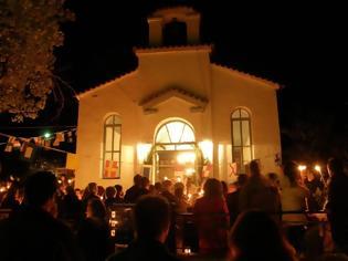 Φωτογραφία για Ανάσταση στις 21:00, στο προαύλιο. Ανοιχτές εκκλησίες τη Μεγάλη Εβδομάδα, αποφάσισε η Ιερά Σύνοδος