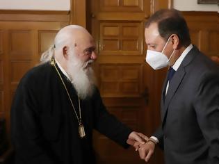 Φωτογραφία για Συνάντηση Σπ. Λιβανού με τον αρχιεπίσκοπο Ιερώνυμο