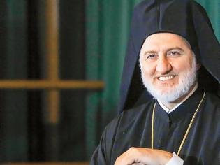 Φωτογραφία για Ο Αρχιεπίσκοπος Ελπιδοφόρος στον Δημήτρη Δανίκα: «Oι πλούσιοι δεν θα σωθούν εάν εγκαταλείψουν τους φτωχούς»