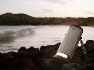 Φωτογραφία για WaterLight η φορητή λάμπα που χρησιμοποιεί αλμυρό νερό για επαναφόρτιση